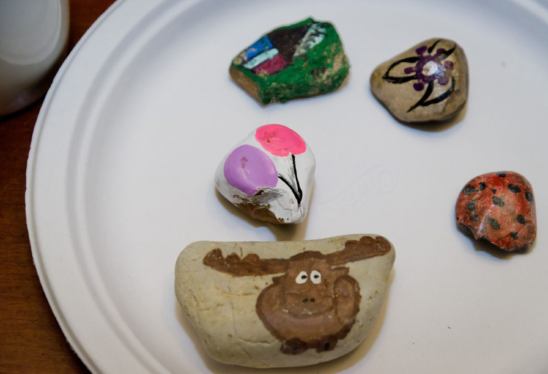 Rock painting trend encourages messages of hope in East Texas