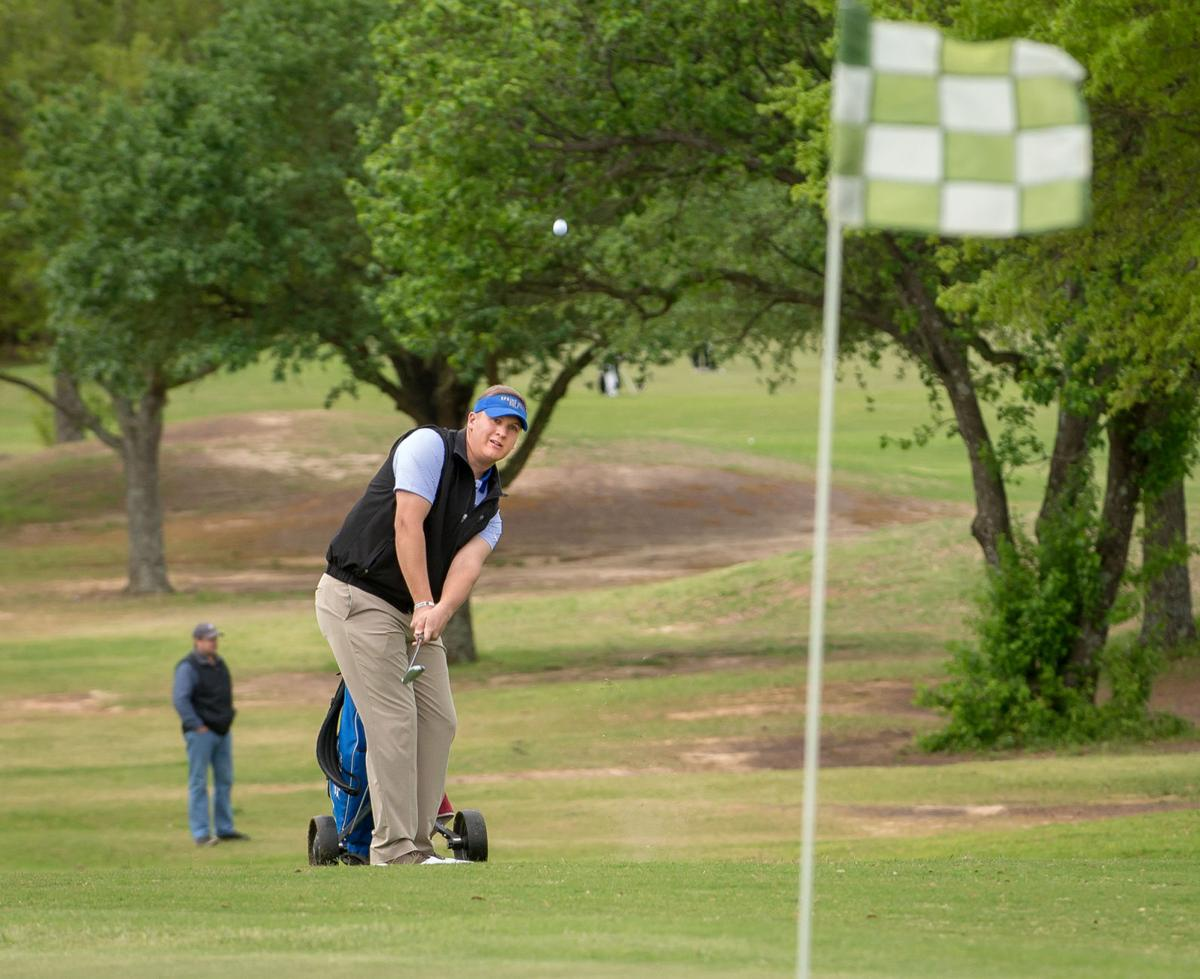 Et Golf Lady Panthers Roll To Easy Win At 15 4a Tournament
