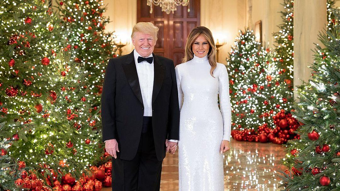 White House releases official 2018 Christmas photo