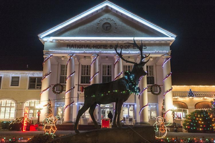 Elks Home Christmas Lights Calendar Newsadvance Com