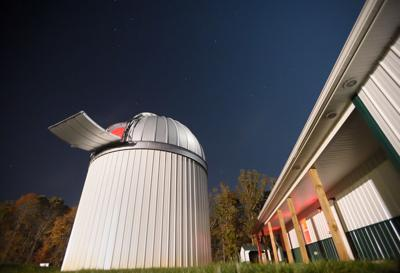 Telescope opens residents' eyes to the stars
