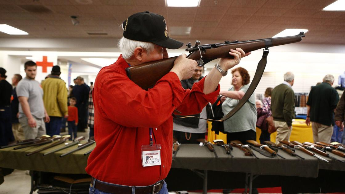 Lynchburg gun show rallies support for local elections