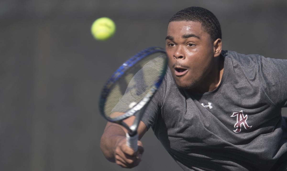 AMH 0425 Tennis90