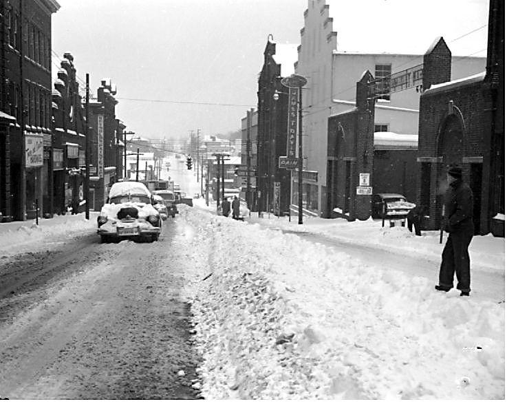 1960 Main Street