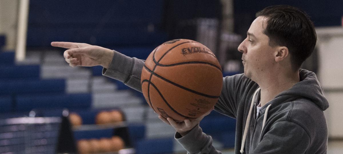 Temple basketball, 3