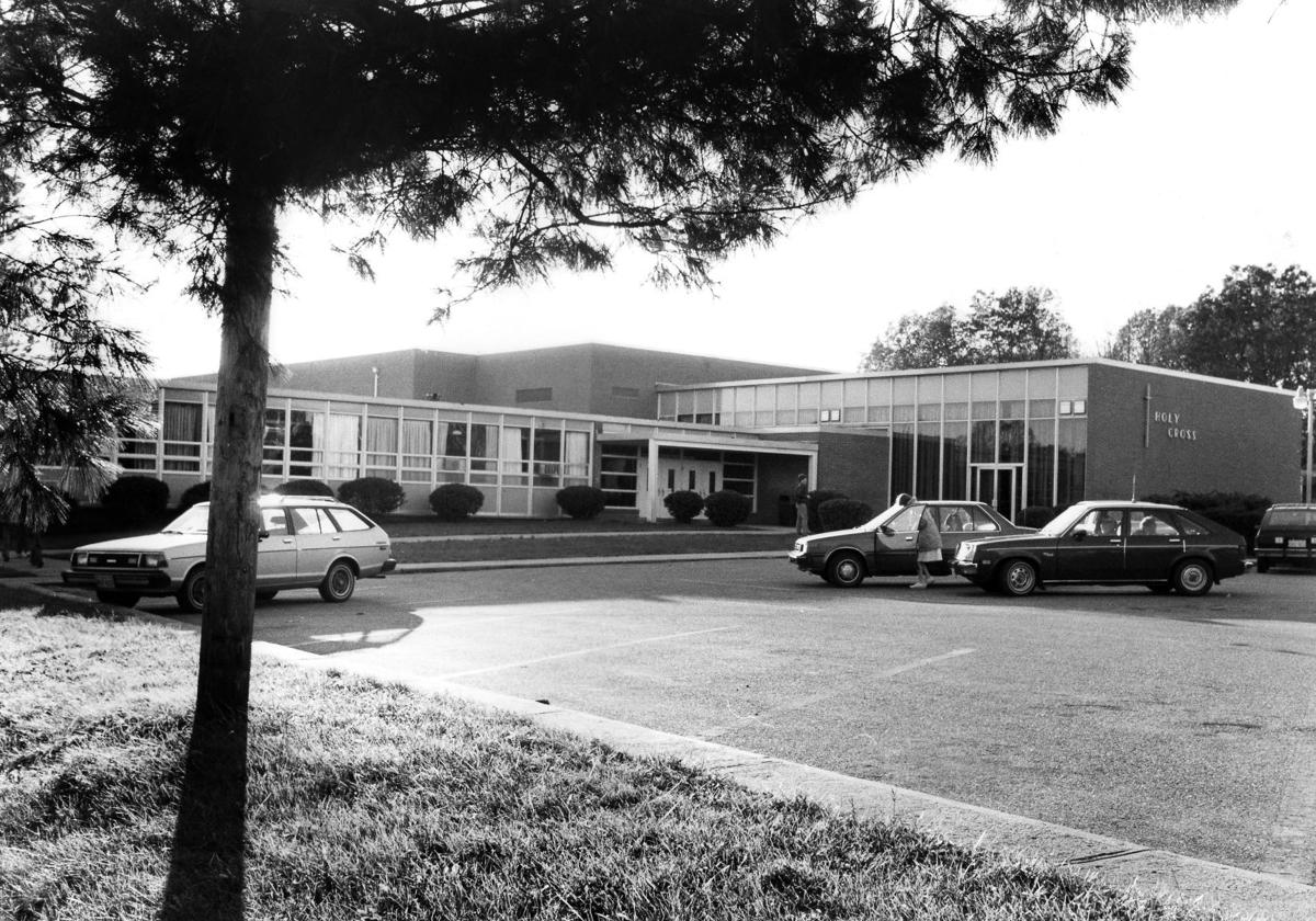 1984-11-24 holy cross exterior