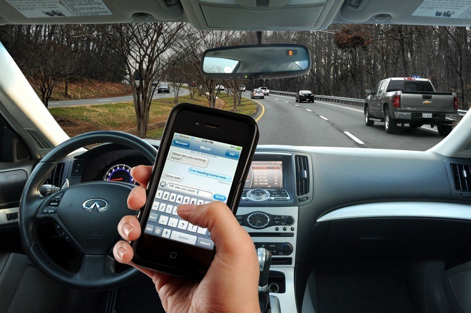 Texting While Driving >> Texting While Driving Law How Will It Be Enforced Local News
