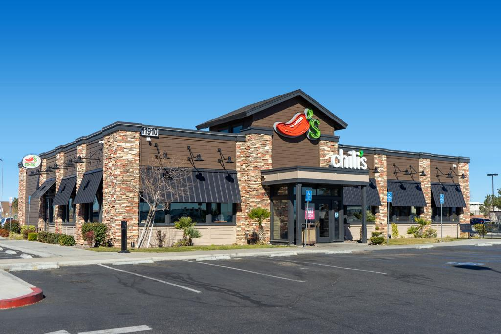 Waffle House Olive Garden And Other Restaurant Chains Take A Big