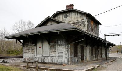 Gladstone depot, 2