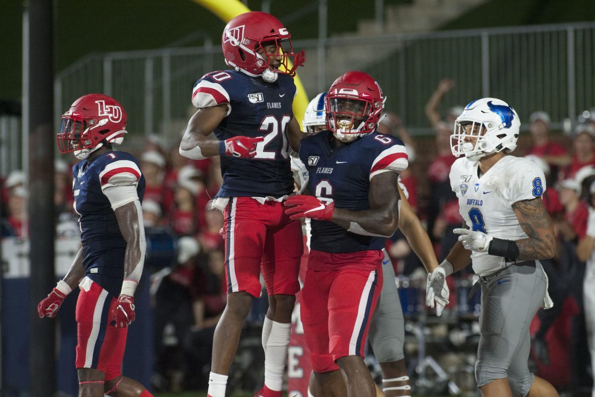Photos Liberty Football Defeats Buffalo Lu Sports
