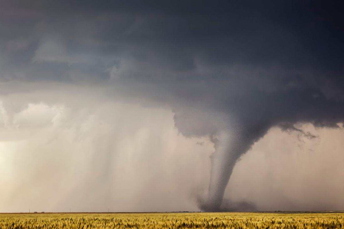 This is how a thunderstorm produces a tornado