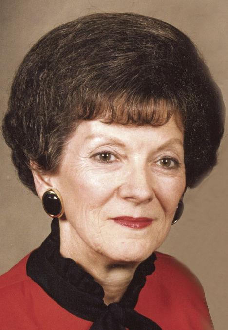Wollett, Yvonne DeBerry
