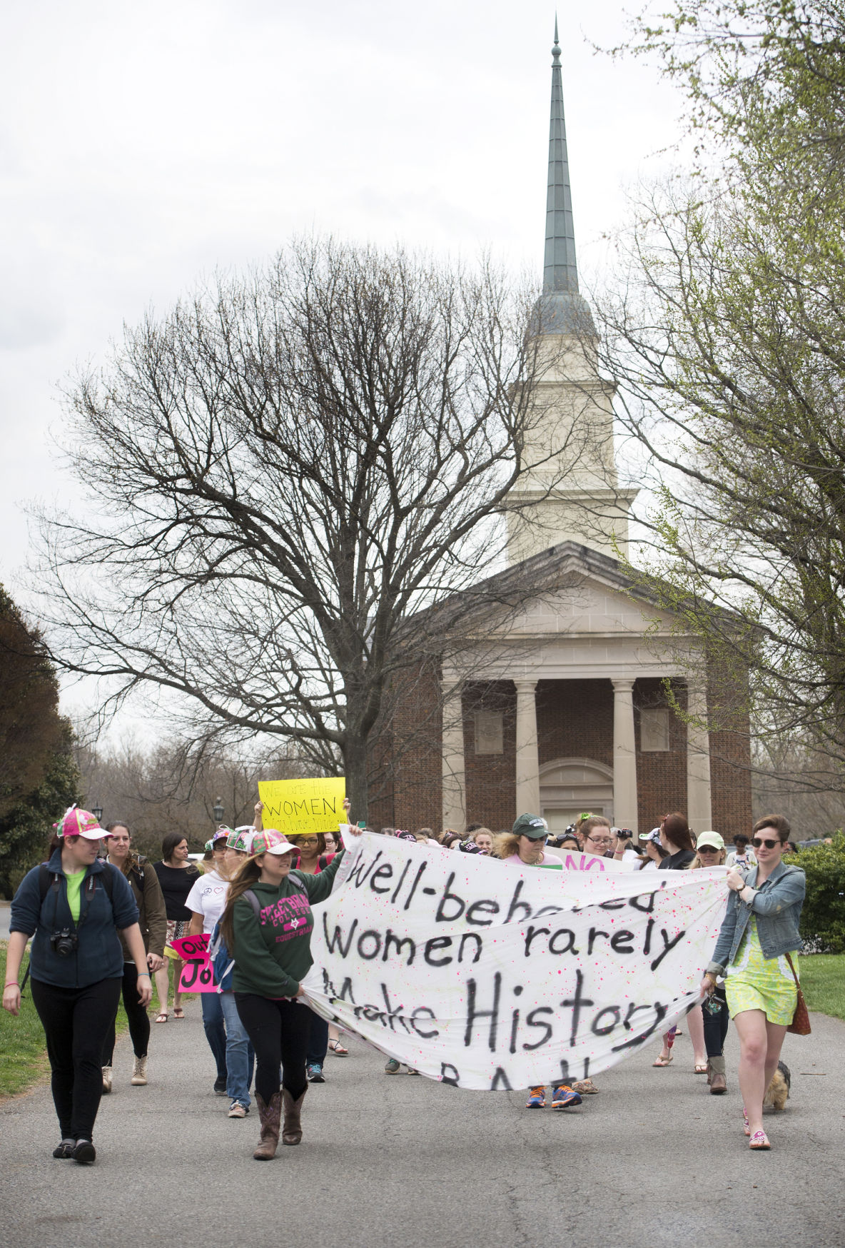 Sweet Briar College students, staff protest school's closure outside president's house