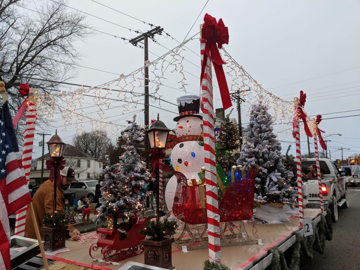 Lynchburg Va Christmas Parade 2020 A very merry march: Lynchburg Christmas Parade steps off on its