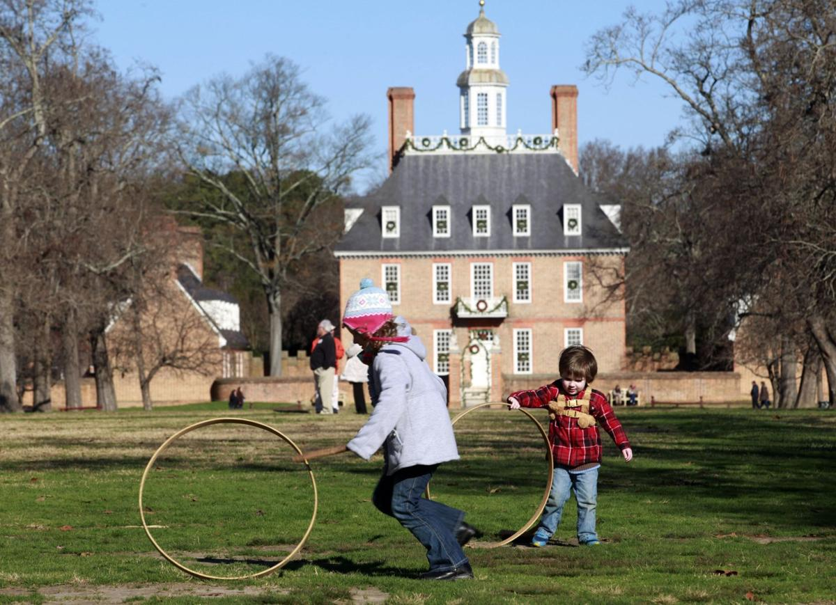 Photos Colonial Williamsburg Scenes Business