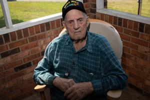 WWII vet: Be thankful for freedom on Memorial Day