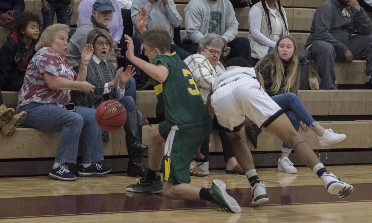 Govs basketball, 3
