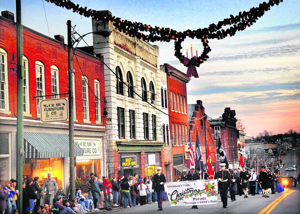 Lynchburg Va Christmas Parade 2020 Lynchburg area Christmas parades to celebrate holiday spirit