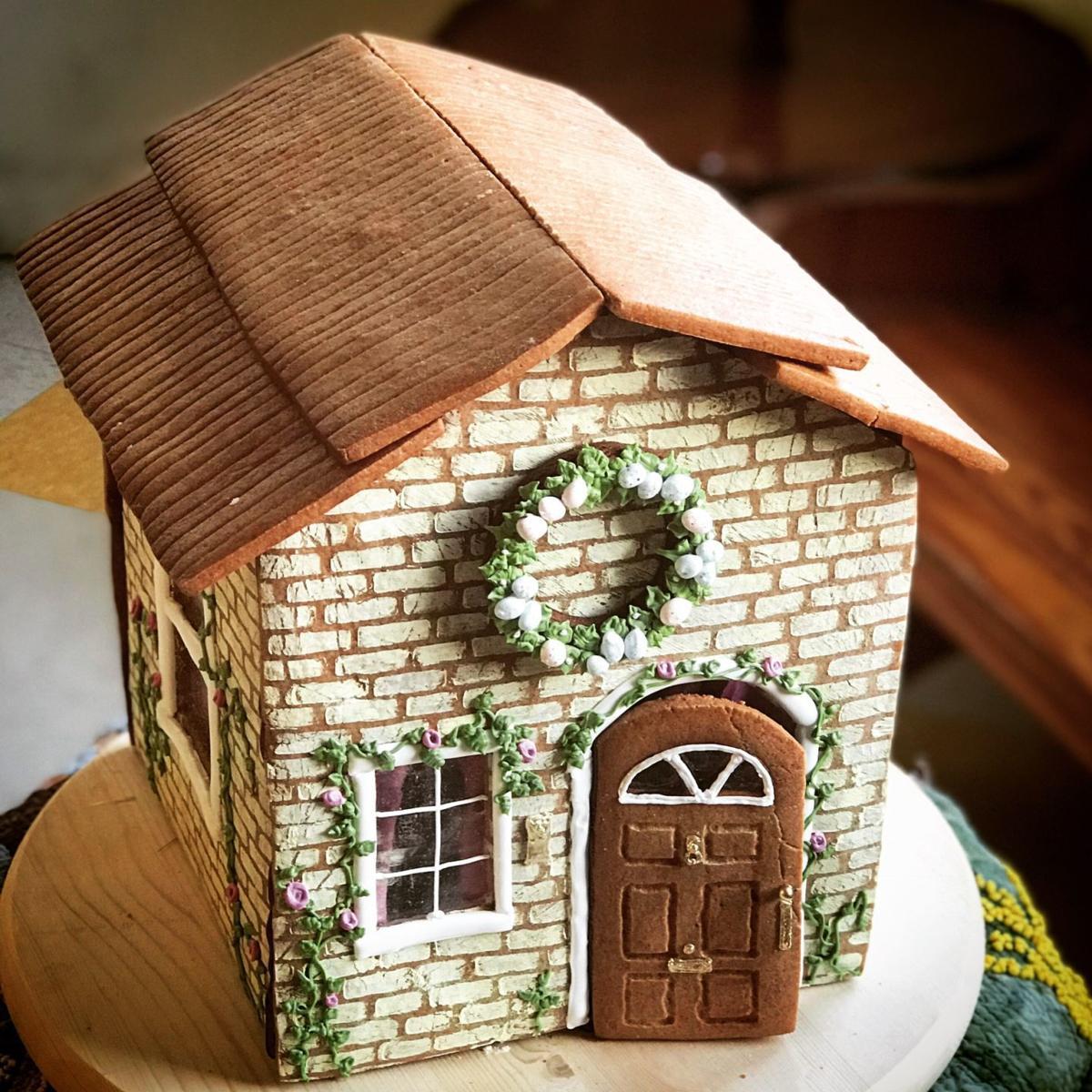 Gingerbread house Halloween 1