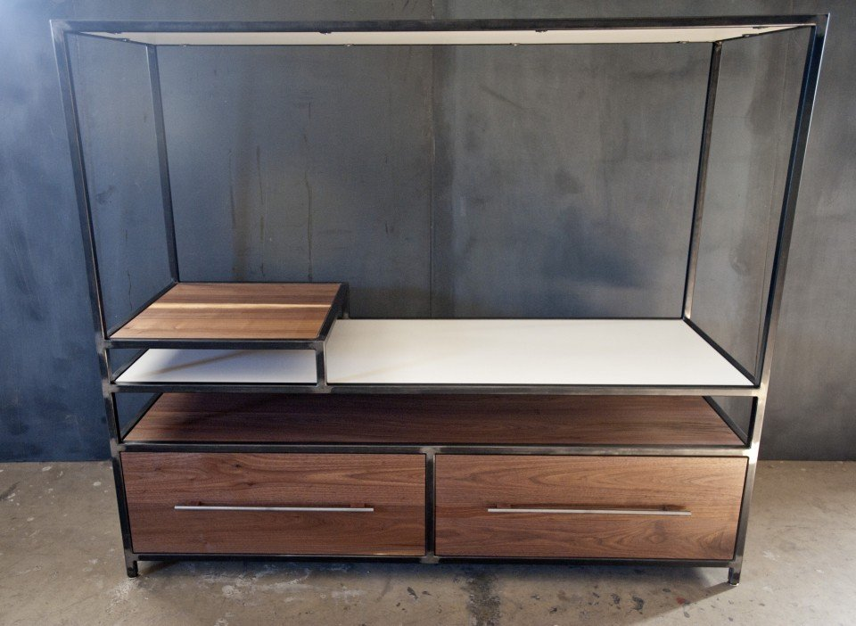 Lynchburg Craftsman Makes Custom Furniture From Reclaimed Wood, Other  Recycled Materials