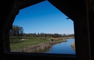 Photo: emx_20200409_amh_news_golf_p7