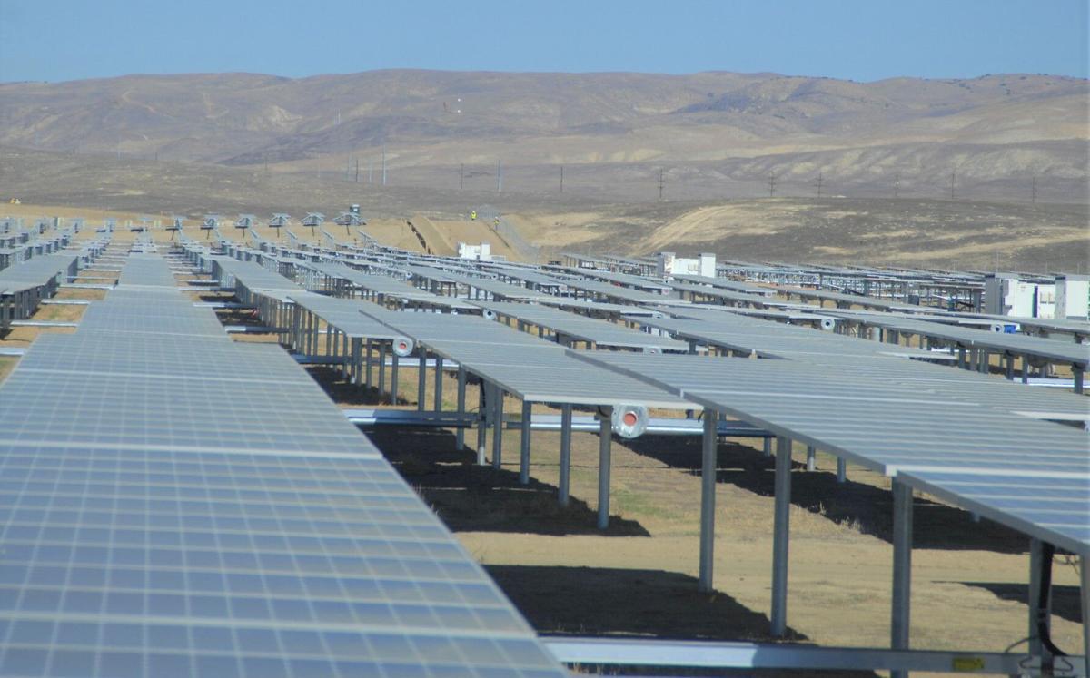 Solar Farm Workers 0903
