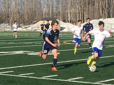 Oscar Queen's hat trick leads NPHS boys soccer past Monroe
