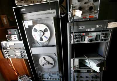 HIPAS Observatory auction a treasure trove of technology throwbacks, quirky equipment