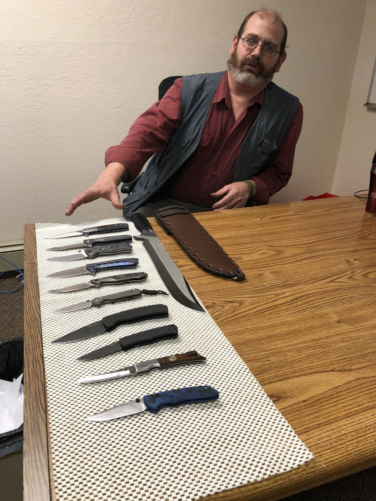Tamarack Knifes