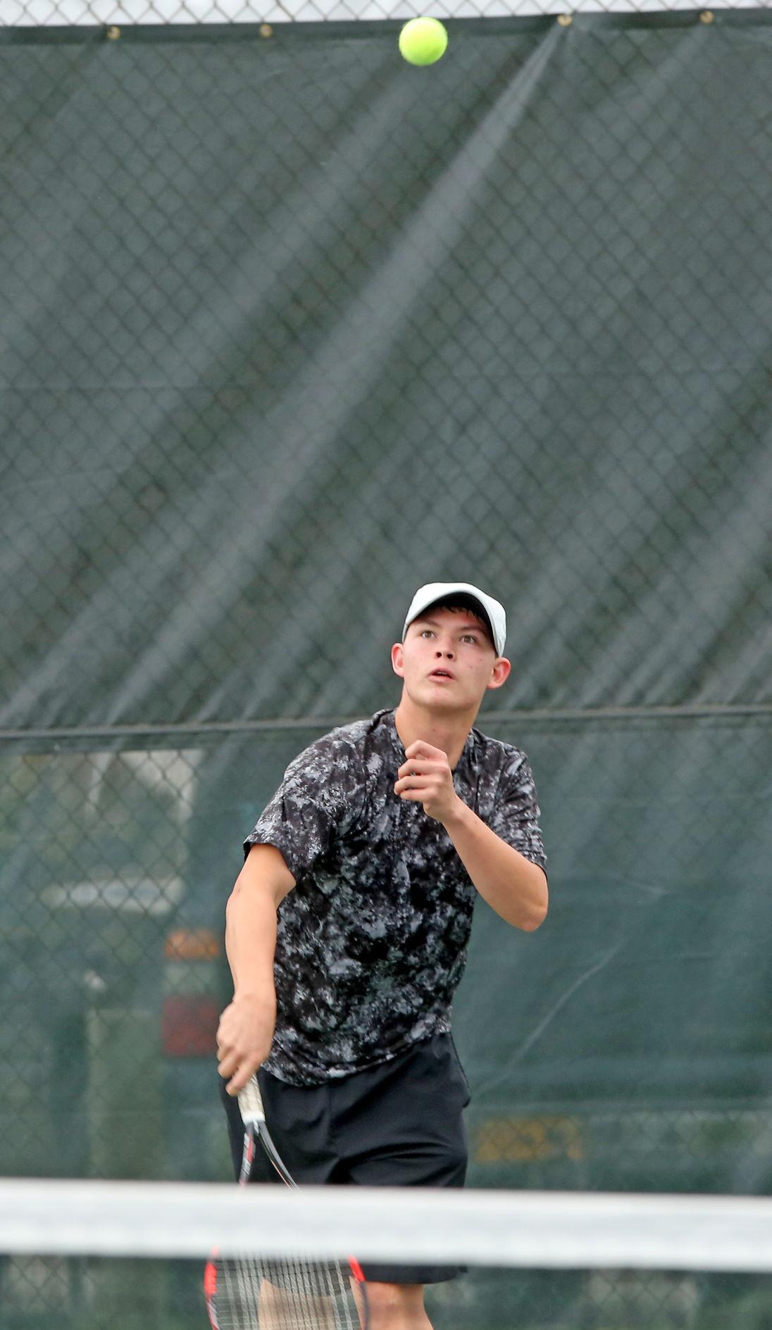 Hutchison tennis