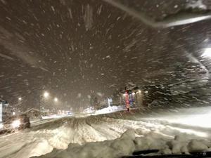 Extreme snowfall, avalanche close Richardson Highway near Valdez