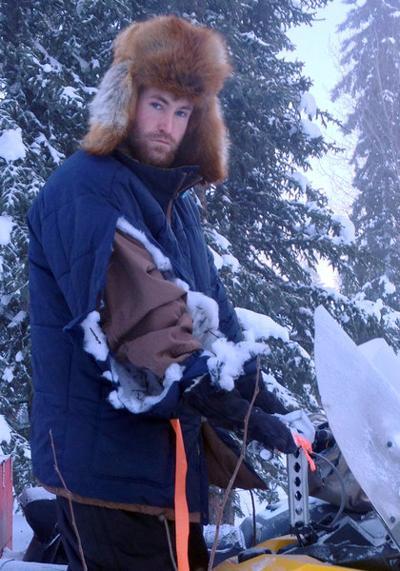 Wolf attacks trapper on snowmachine near Tok