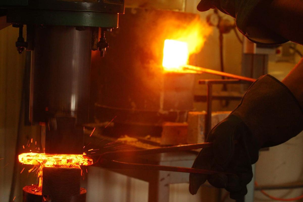 Forging Tamahagane Blade Steel