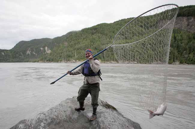 Chitina road trip to dip net salmon in the copper river for Dip nets for fishing