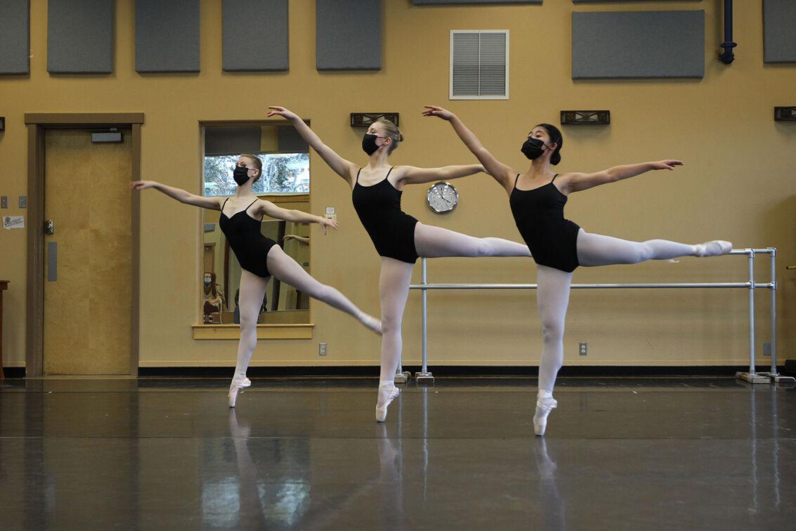 Ballerinas rehearsing