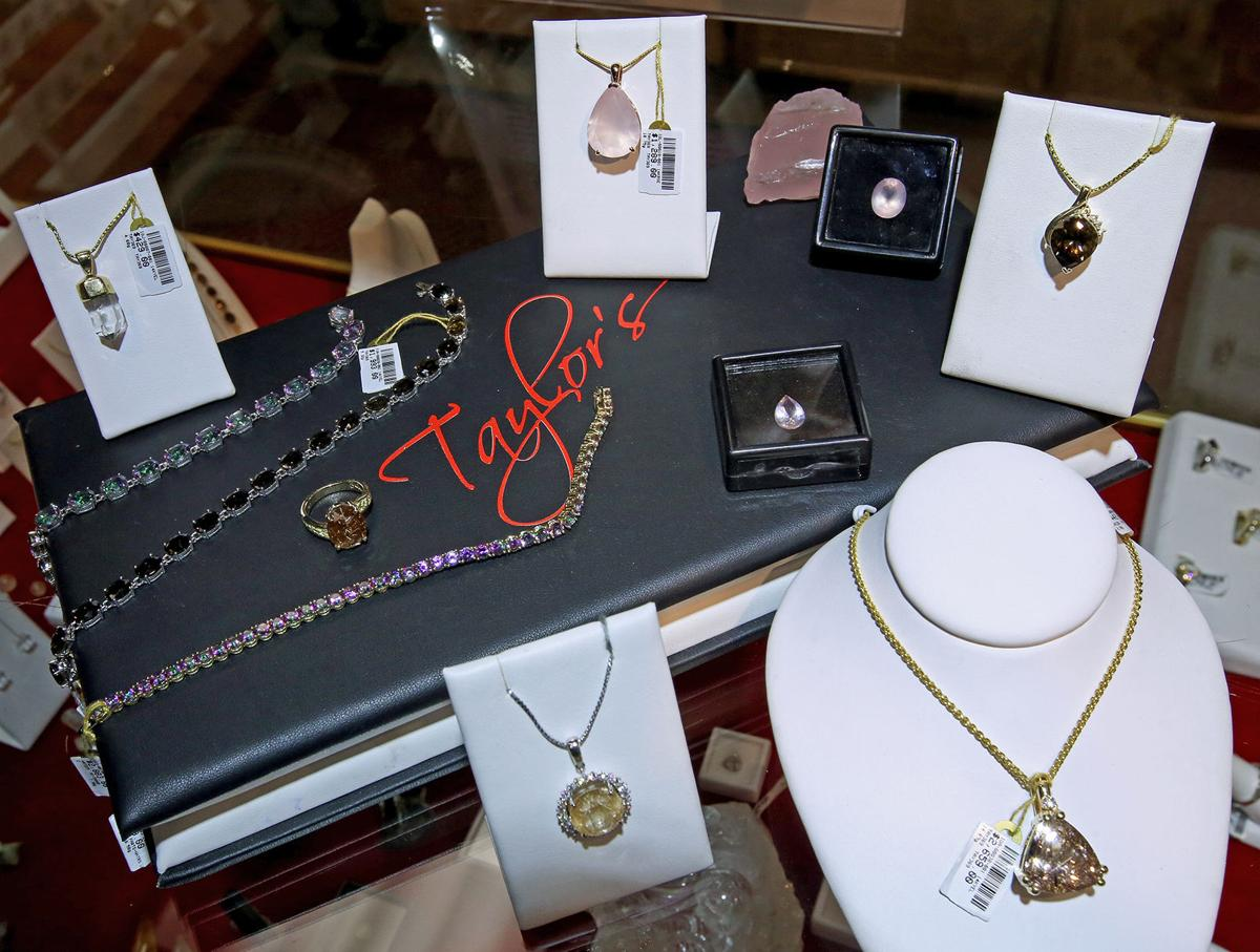 Business Spotlight: Taylor's Gold-N-Stones