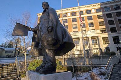 William Seward statue