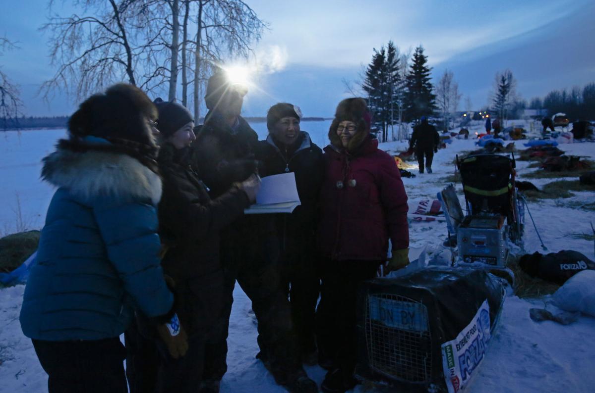 Tanana Rich In Dog Mushing History Welcomes Iditarod Iditarod Newsminer Com