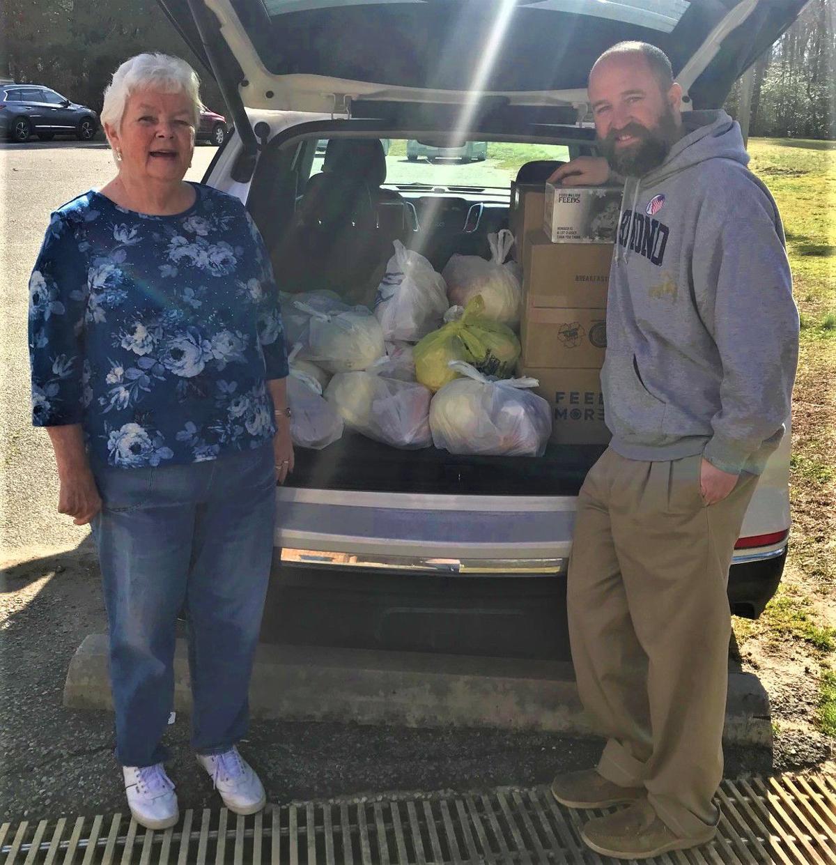 Carol Hamlett and John Koontz - MOW Volunteers