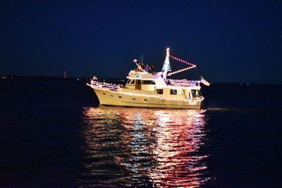 BoatParade02