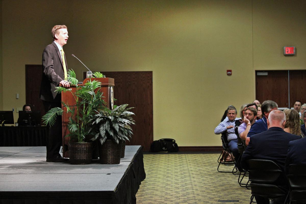 president wilson speaks to Chamber breakfast