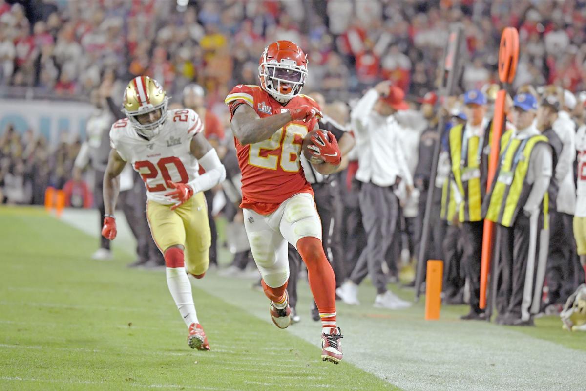 CORRECTION 49ers Chiefs Super Bowl Football