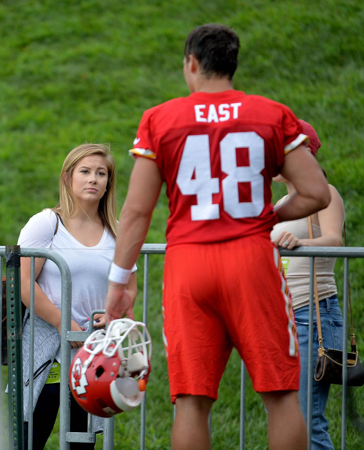 Shawn Johnson Makes Chiefs Camp Appearance 2015 Camp