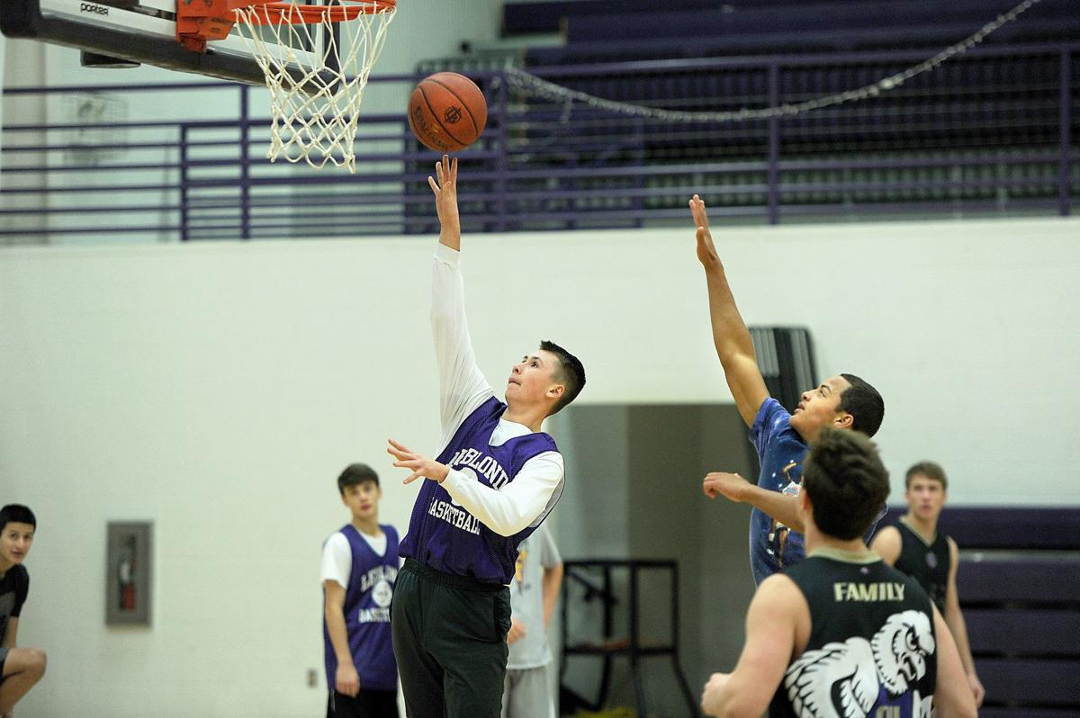 181114_sports_leblond_johnston