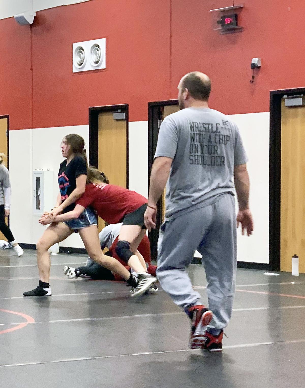 Benton girls wrestling