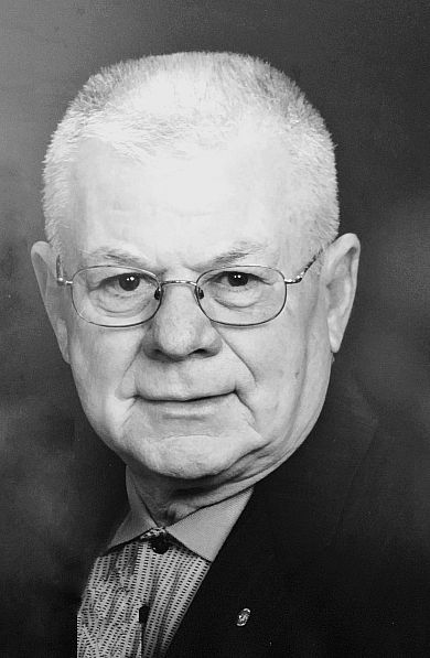 Crouse, Gilbert 1933-2019
