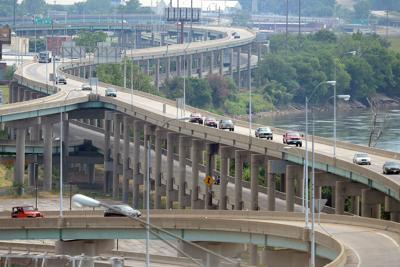 Freight Summit about Interstate 229