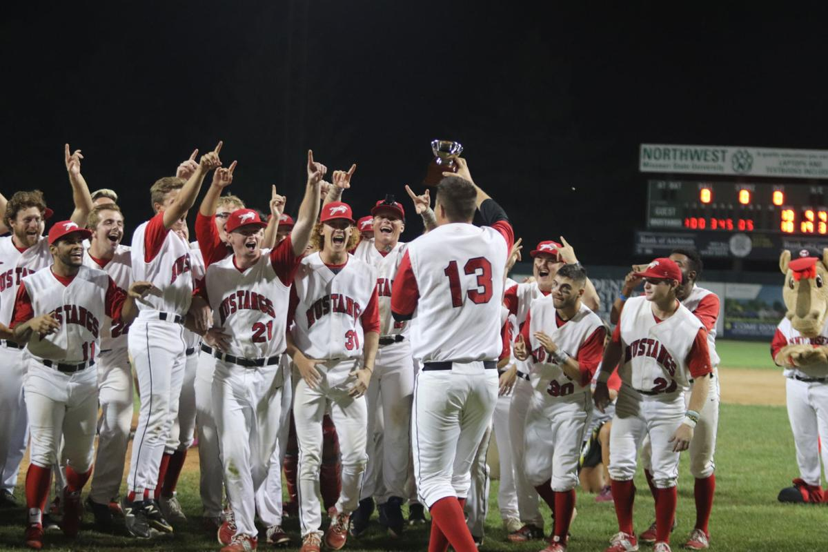Mustangs celebrate championship win (copy)