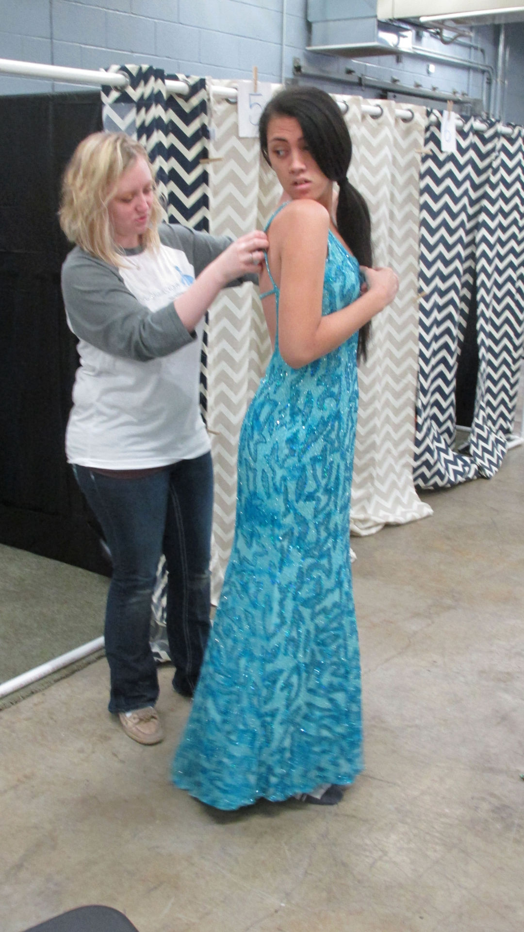Cinderella\'s Closet makes Prom magical for local teens | Local ...