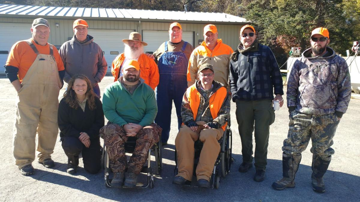 Refuge group deer hunt